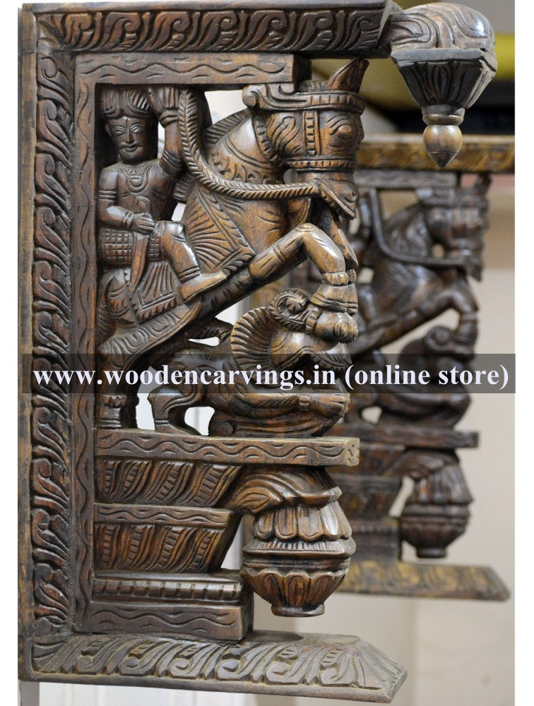 Veeran rides Horse Wooden Door Bracket