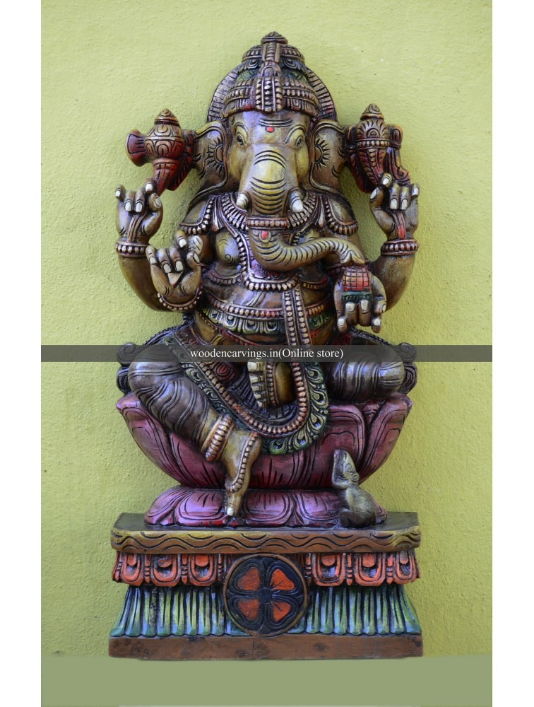 Lord Vinayaga Seated on Kamalam (Lotus)