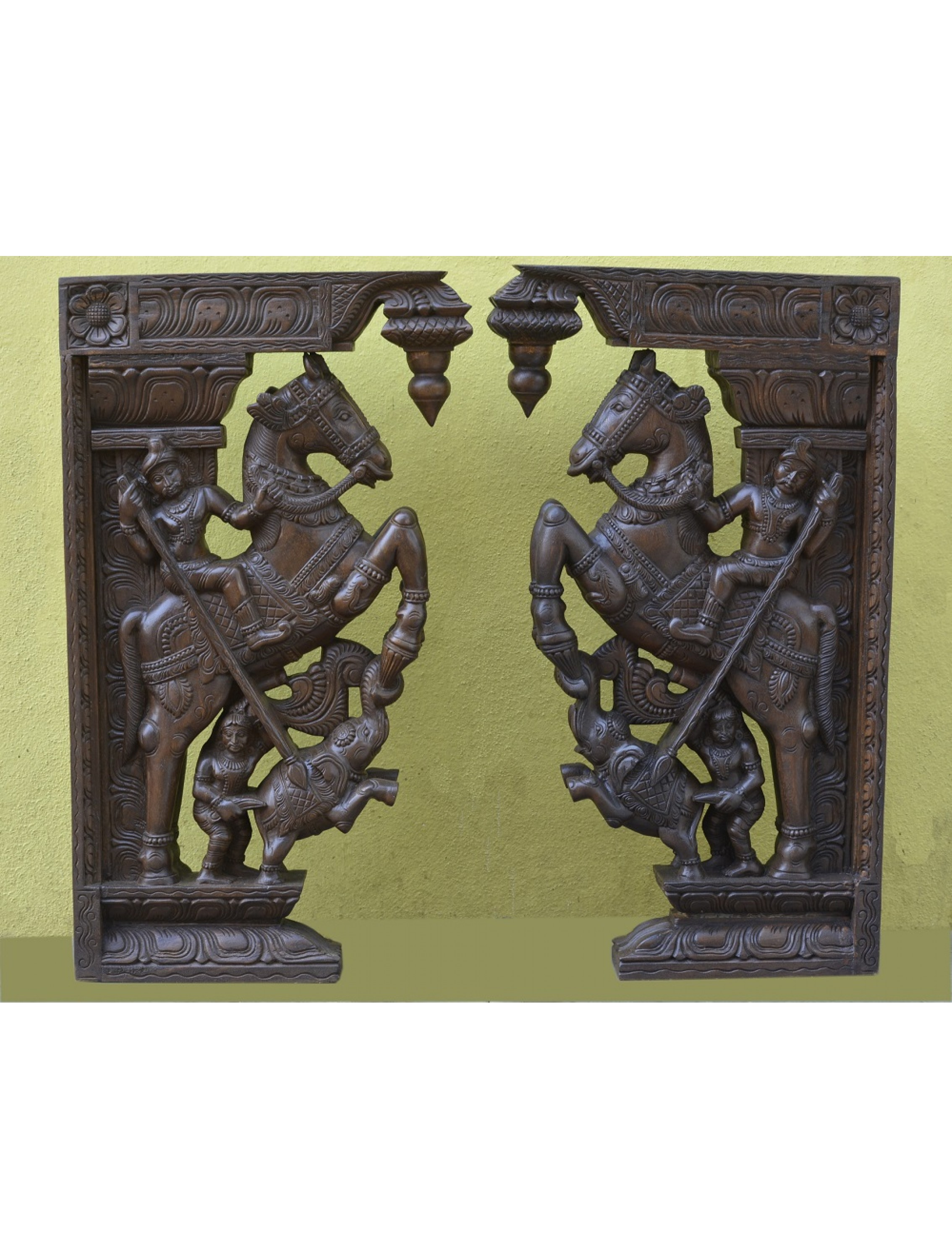 Large Size Horse with Veeran Wall Mount Brackets