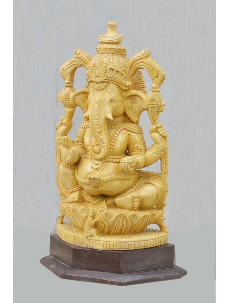 Beautifull Carving Of Ganesha In White Cedar Wood